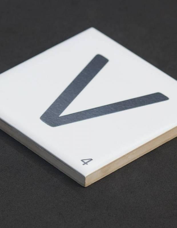 Carrelage scrabble lettre V 10 x 10 cm - LE0804022